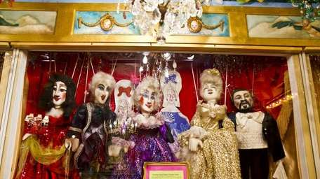 The Long Island Puppet Theater in Hicksville showcases