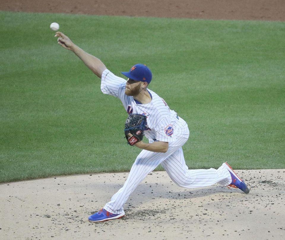 New York Mets starting pitcher Zack Wheeler (45)