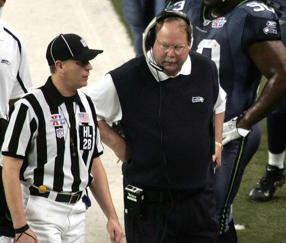 16) TD OR NO TD? The referees played