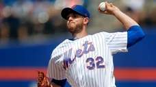 Mets starter Steven Matz pitches during against the