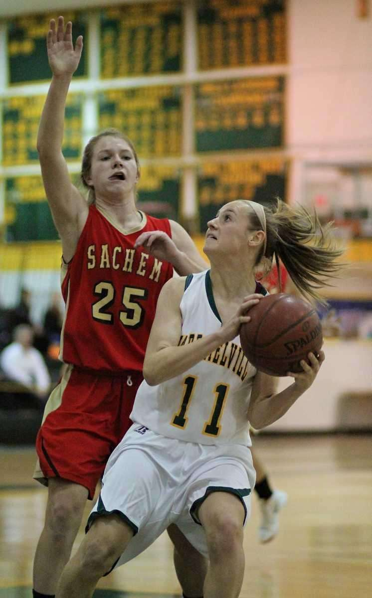 Ward Melville's Caysea Cohen looks to put up