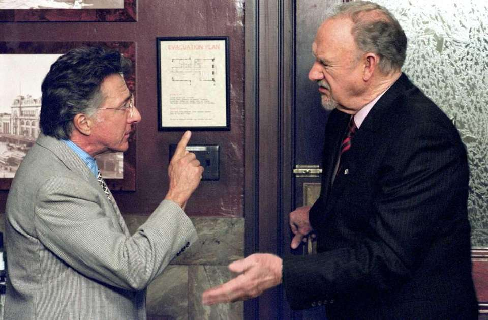 Attorney Wendall Rohr (Dustin Hoffman, left) confronts ruthless