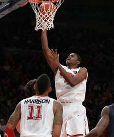 Moe Harkless #4 of the St. John's Red
