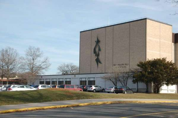 Half Hollow Hills High School East, 50 Vanderbilt