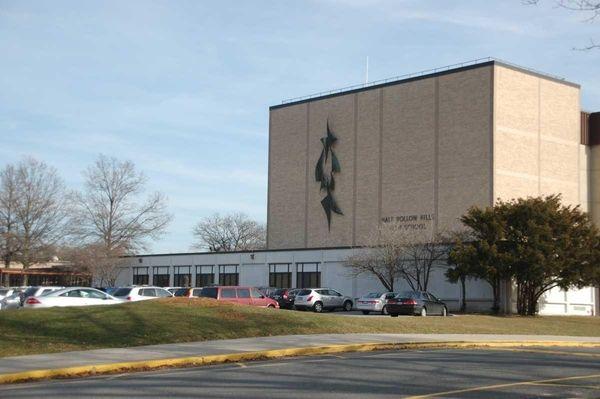 Half Hollow Hills High School East, 50 Vanderbilt