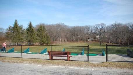 The driving range at Dix Hills Park, located