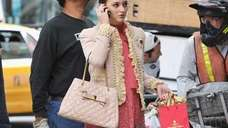 Actress Leighton Meester on the set of 'Gossip