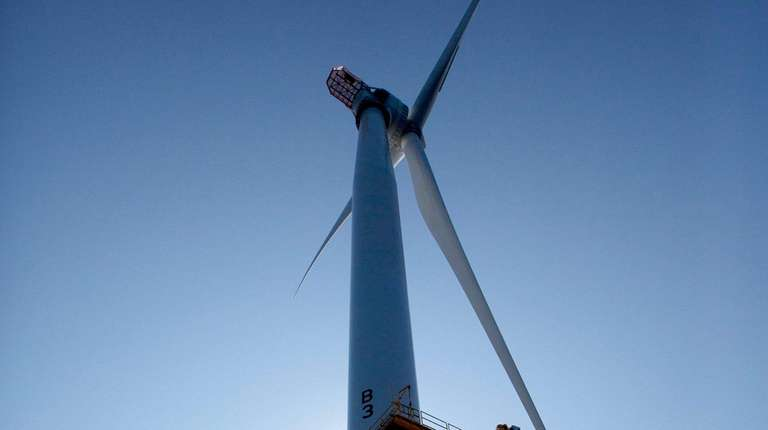 Wind farm landing site continues to stir opposition | Newsday