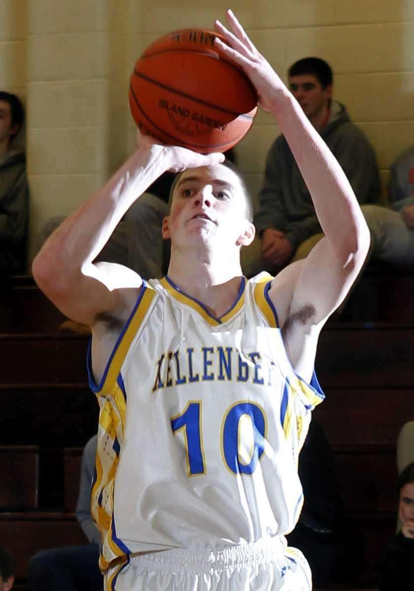 Kellenberg's Kevin Bowles (10) lines up the three