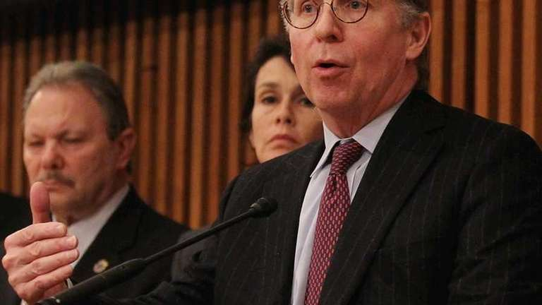 Manhattan District Attorney Cyrus Vance(Jan. 18, 2012)
