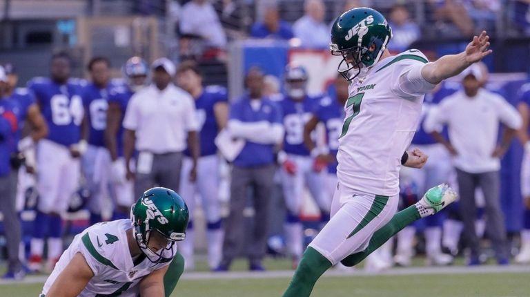 Jets kicker Chandler Catanzaro retires; Taylor Bertolet signed