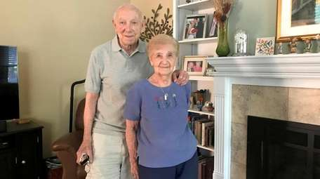 Aaron and Arline Berezowsky of Deer Park celebrated