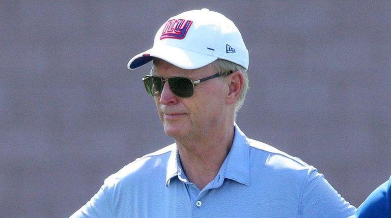Giants co-owner John Mara hopes rookie QB Daniel Jones doesn't play at all this year