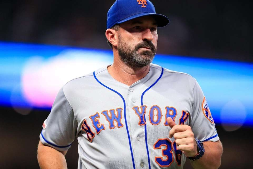 Mickey Callaway #36 of the New York Mets