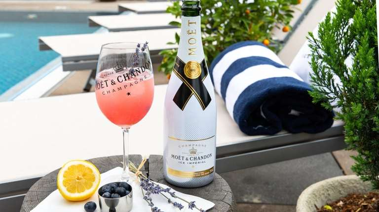 Champagne to drink this summer -- and how