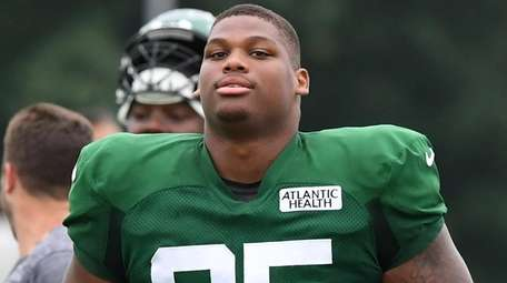 Jets defensive tackle Quinnen Williams walks on the