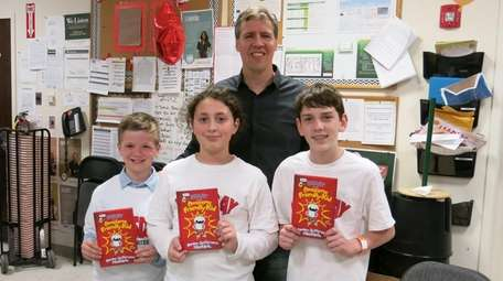 Artist and author Jeff Kinney meets with Kidsday