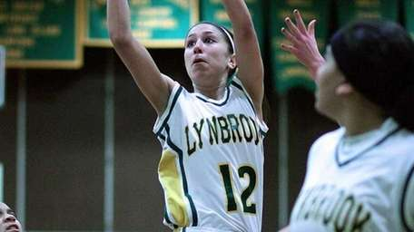 Lynbrook's Brooke Gerstman hits a two-pointer from the