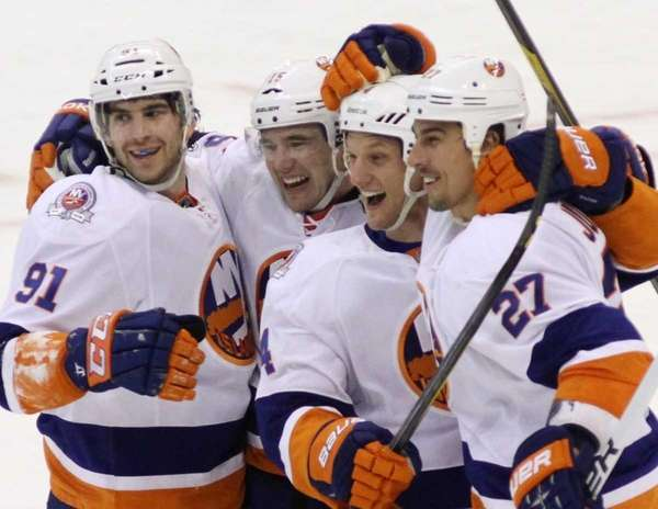 From left to right, New York Islanders' John