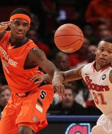 C.J. Fair of the Syracuse Orange battles for