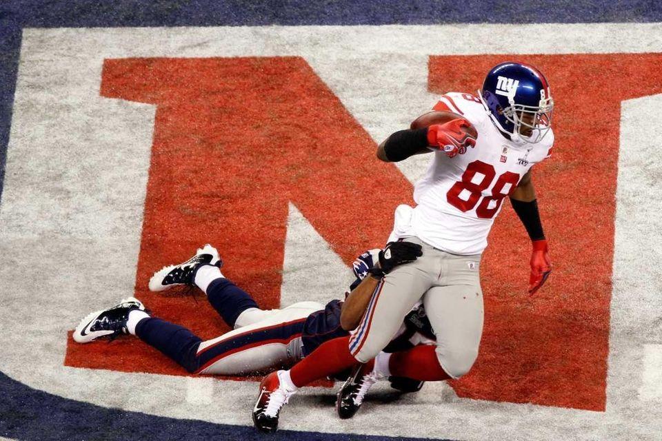 Hakeem Nicks of the New York Giants runs