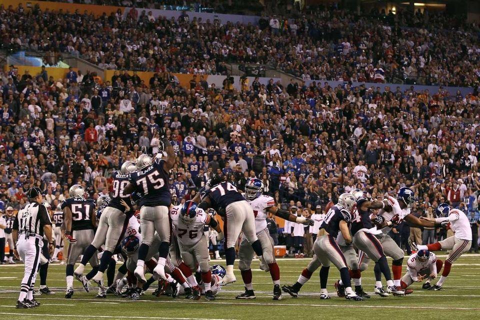 Kicker Lawrence Tynes of the New York Giants