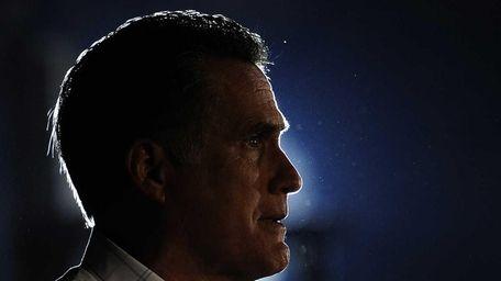 Republican presidential hopeful <Mitt Romney campaigns in Colorado