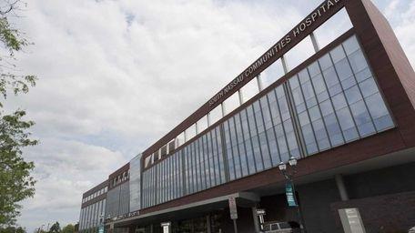 An exterior view of South Nassau Communities Hospital