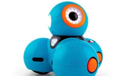Dash robot has multiple sensors to respond to