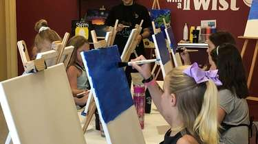 Painting With A Twist in Baldwin.