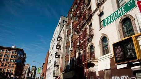 Broome Street stretches from SoHo to the Lower