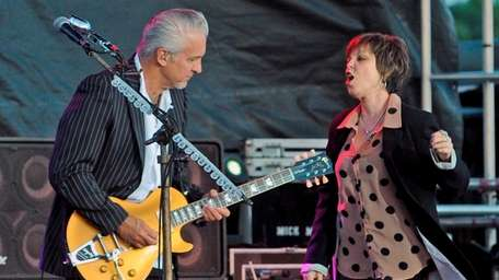 Neil Giraldo and Pat Benatar will perform at