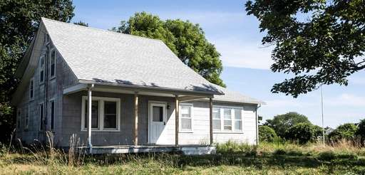 Orient residents want this home on Skippers Lane