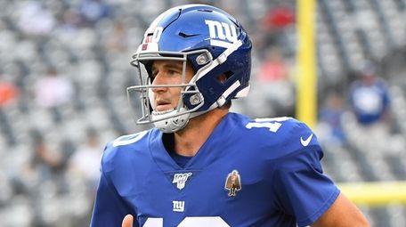 Giants quarterback Eli Manning needs to get