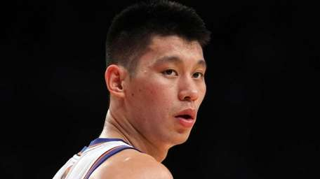 Jeremy Lin looks on against the New Jersey
