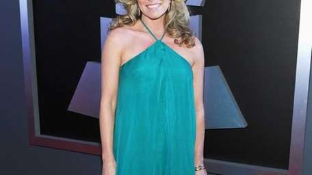 Singer Deana Carter arrives at the 54th Annual