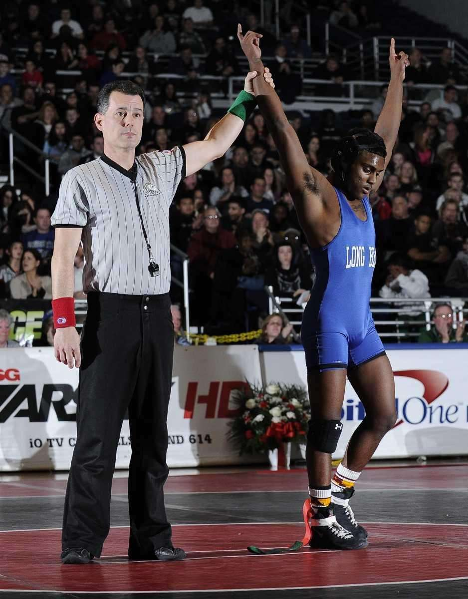 Long Beach's Mark Raghunandan won the 113 -pound
