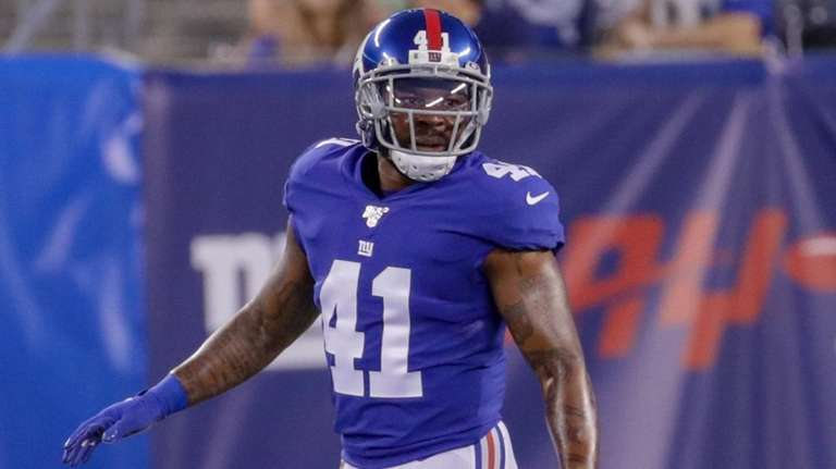 Antonio Brown's helmet drama at Raiders training camp should be a non-issue, Giants' Antoine Bethea says