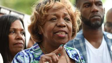 Gwen Carr, the mother of Eric Garner, at