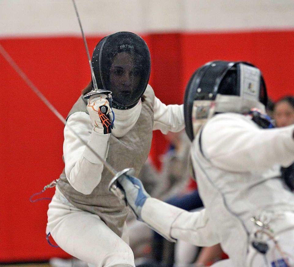 Ward Melville's Demi Antipas in her Foil match