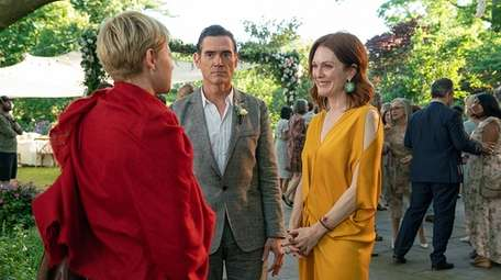 Michelle Williams, Billy Crudup and Julianne Moore star