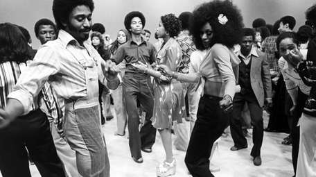 """Soul Train"" was a TV staple from 1971"