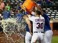 The Mets' J.D. Davis celebrates his 10th-inning walk-off
