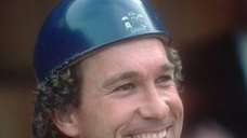 Catcher Gary Carter of the New York Mets