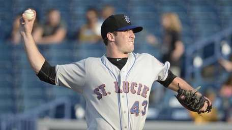Mets prospect Matt Harvey delivers a pitch for
