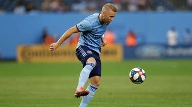 New York City FC defender Anton Tinnerholm (3)