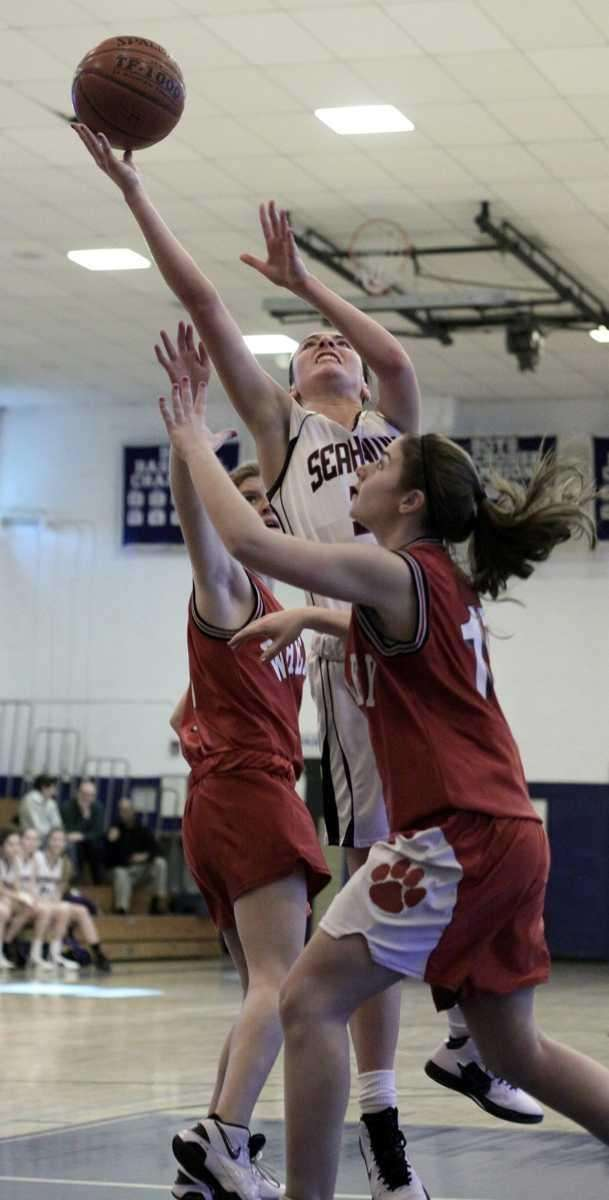 Cold Spring Harbor's Kelly Gubitosi tries for up