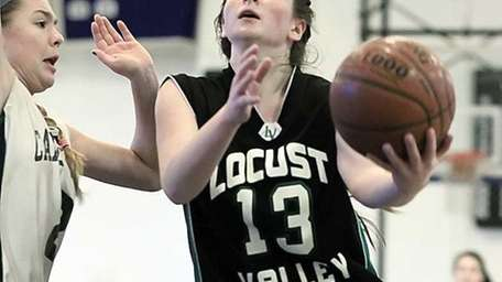 Locust Valley's Brooke Spallino with the layup against