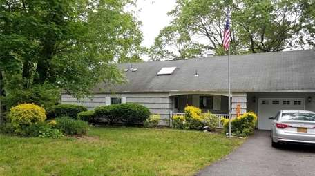 This home in Lake Ronkonkoma is on the