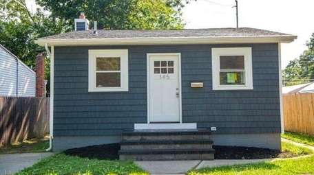 This Lake Ronkonkoma house is listed for $288,999.